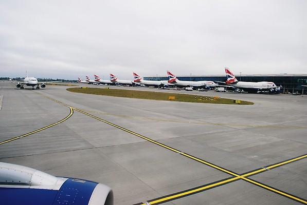 "Photo Credit: ""Heathrow Airport"" by Hugh Llewelyn on Flickr"
