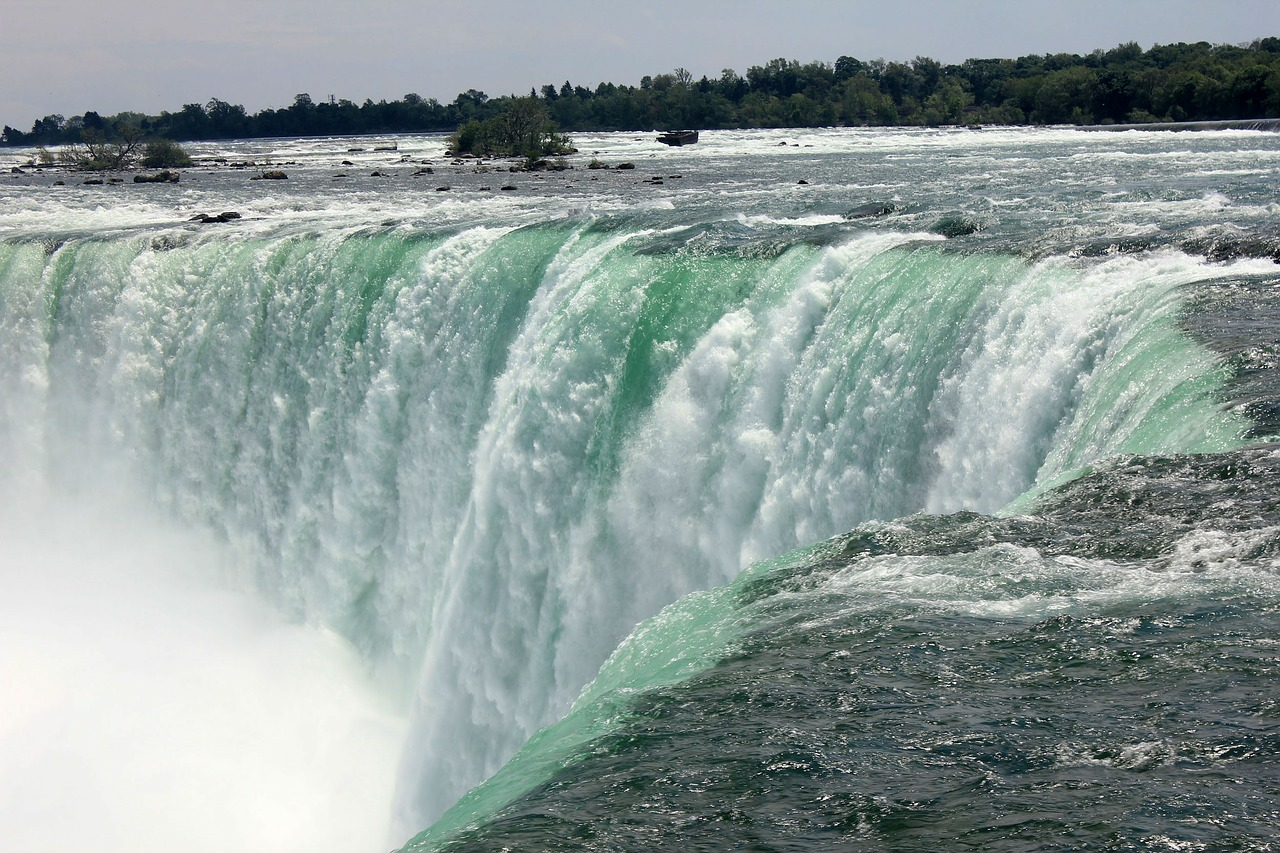 niagara-falls-347273_1280