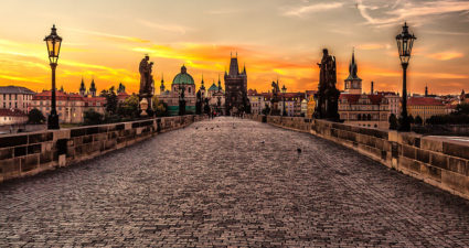 1024px-prague_sunrise_8099151633