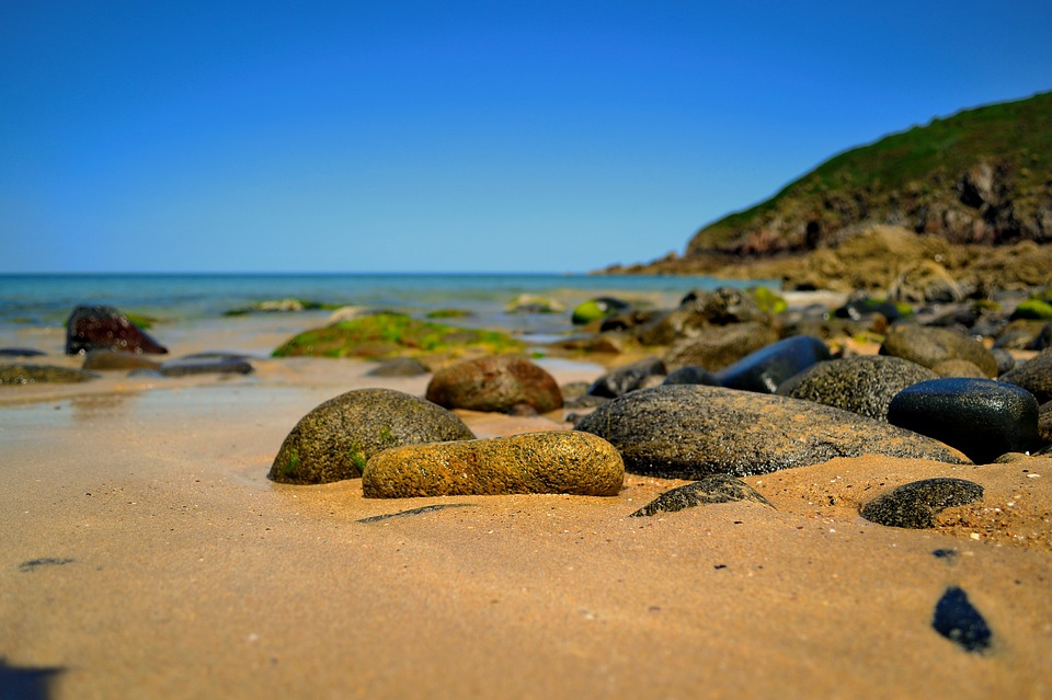 beautiful-beach-1905254_960_720