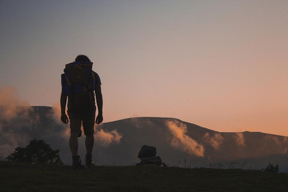hiking-691846_960_720